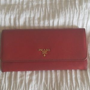 Prada Saffiano Wallet Purse